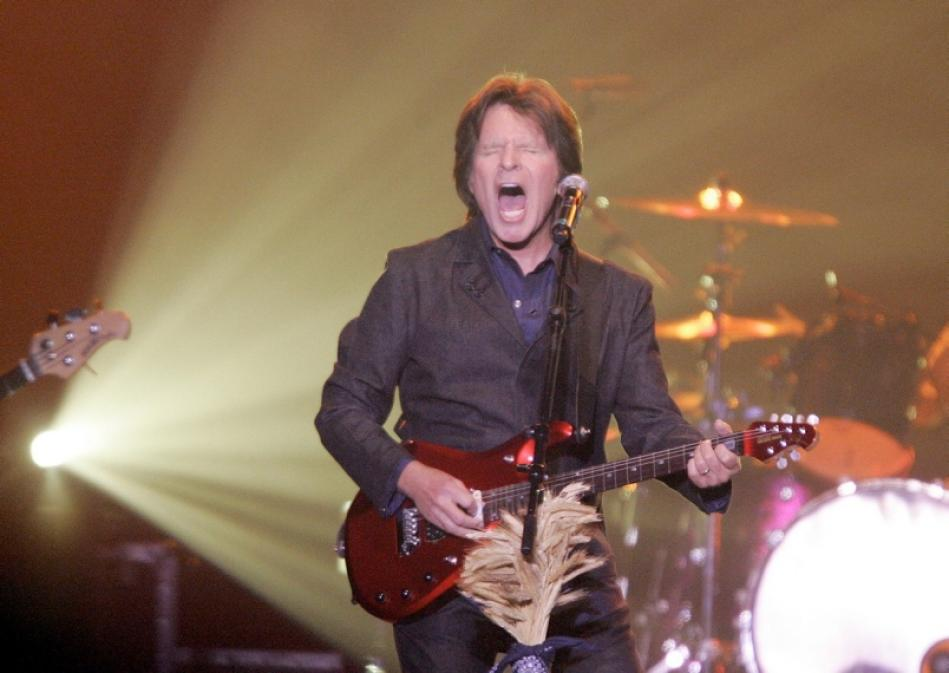Review: Big guitar keeps on turnin' as Fogerty astonishes Victoria crowd