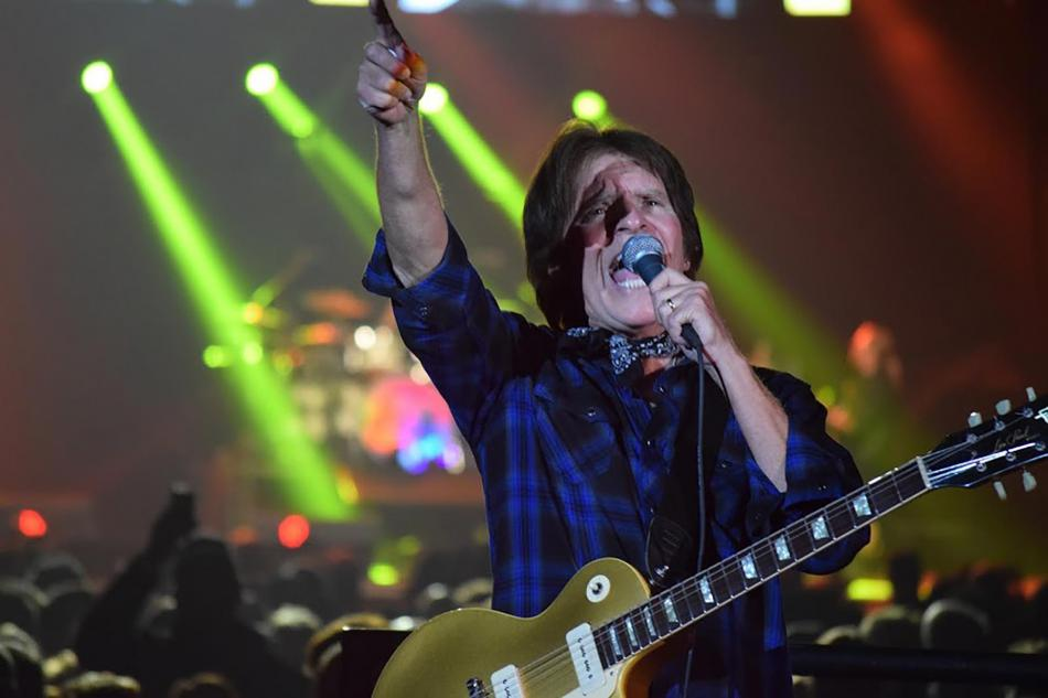 JOHN FOGERTY KEEPS ON BURNIN' FOR VICTORIA AUDIENCE