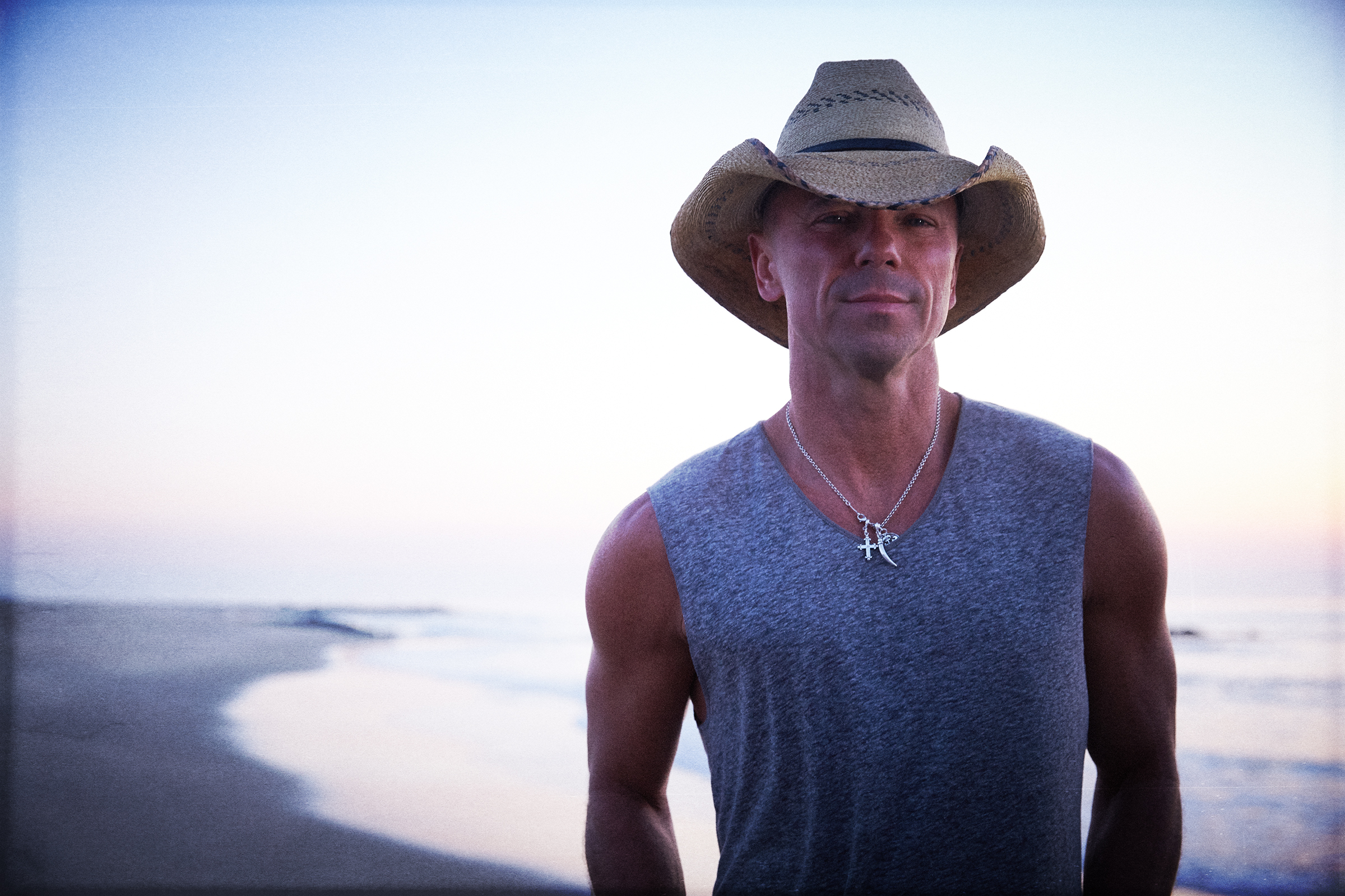 "Kenny Chesney Goes to the Heart of No Shoes Nation For New ""Here and Now"" Video"