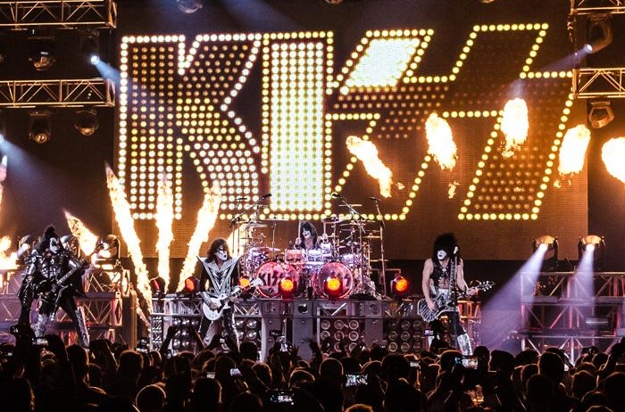 kiss band games