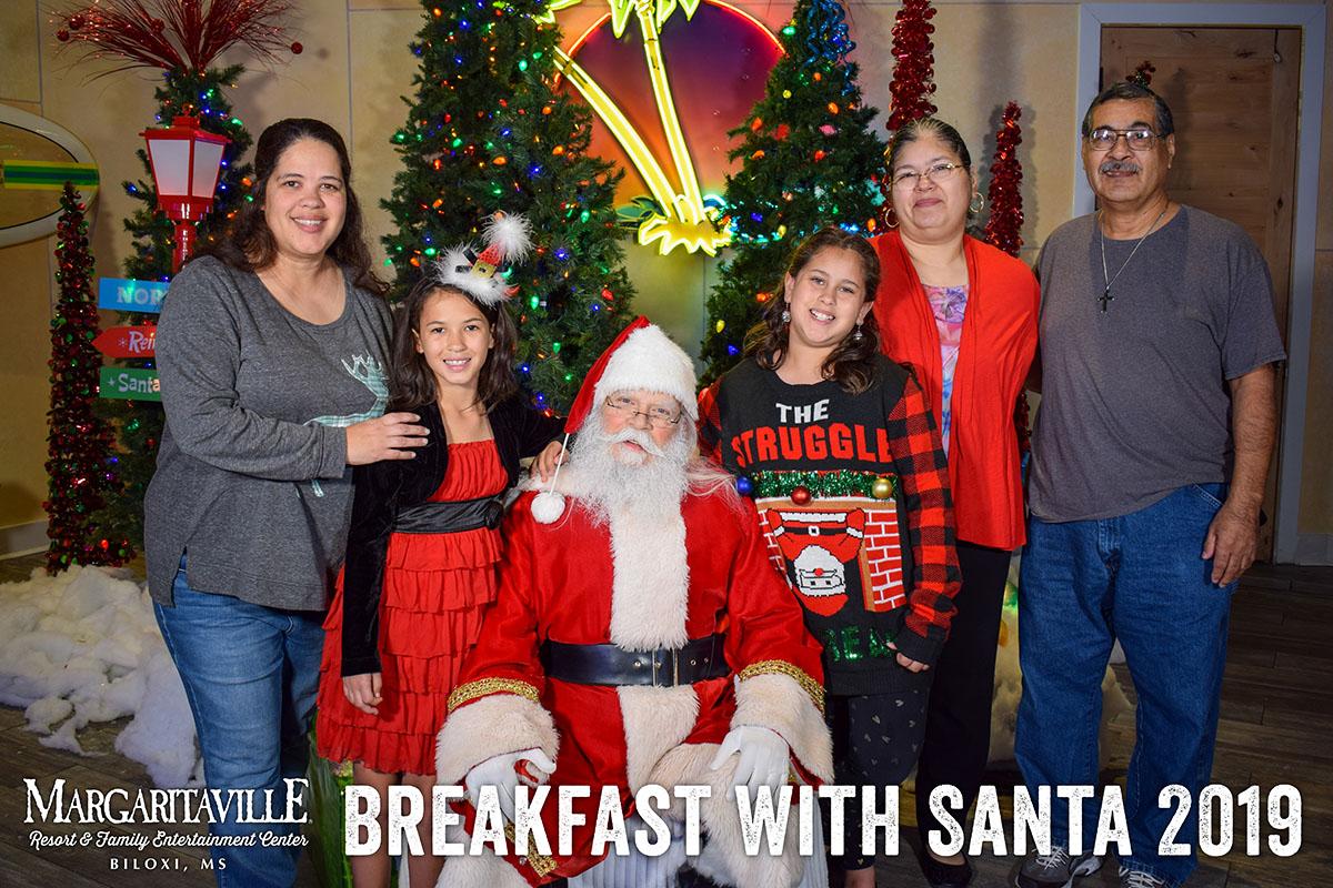 MargaritavilleBiloxi_Santa_Breakfast_2019_4.jpg