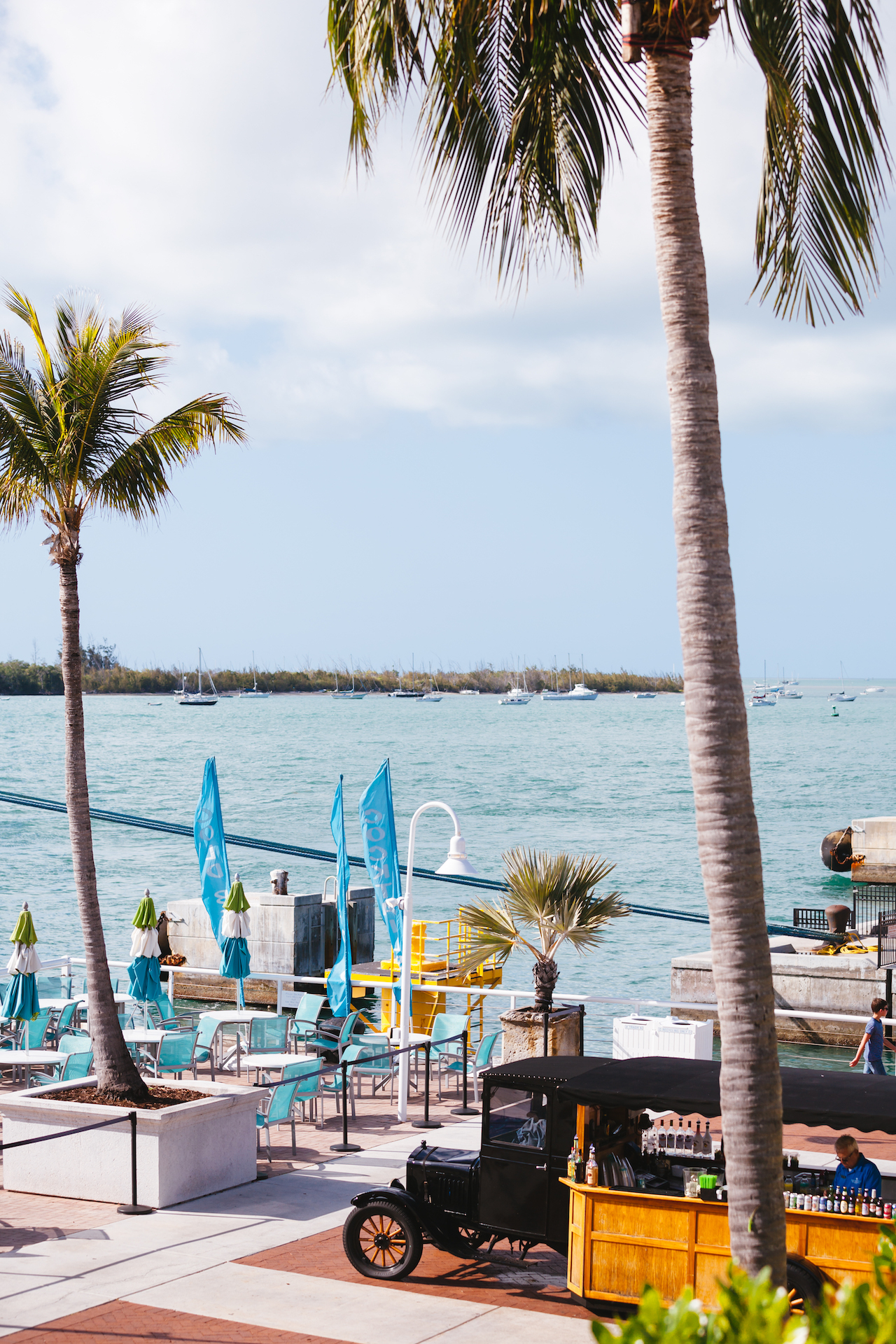 Bistro 245 dining in key west at margaritaville resort for Key west retreat