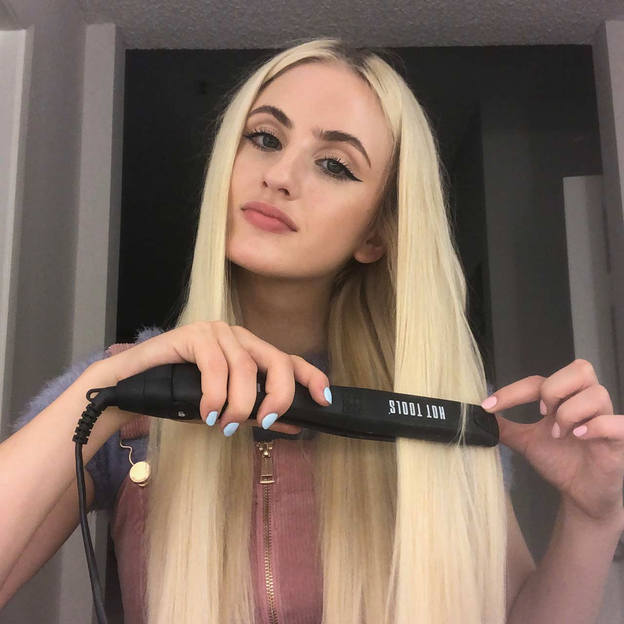 Hot Tools Hair Straightener