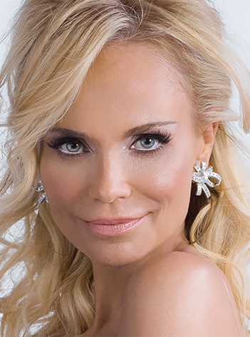 Official Kristin Chenoweth Photos and Instagram Feed