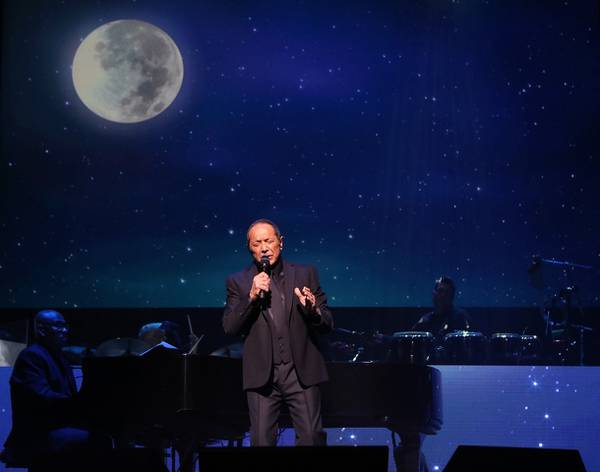Paul Anka still does Vegas his way