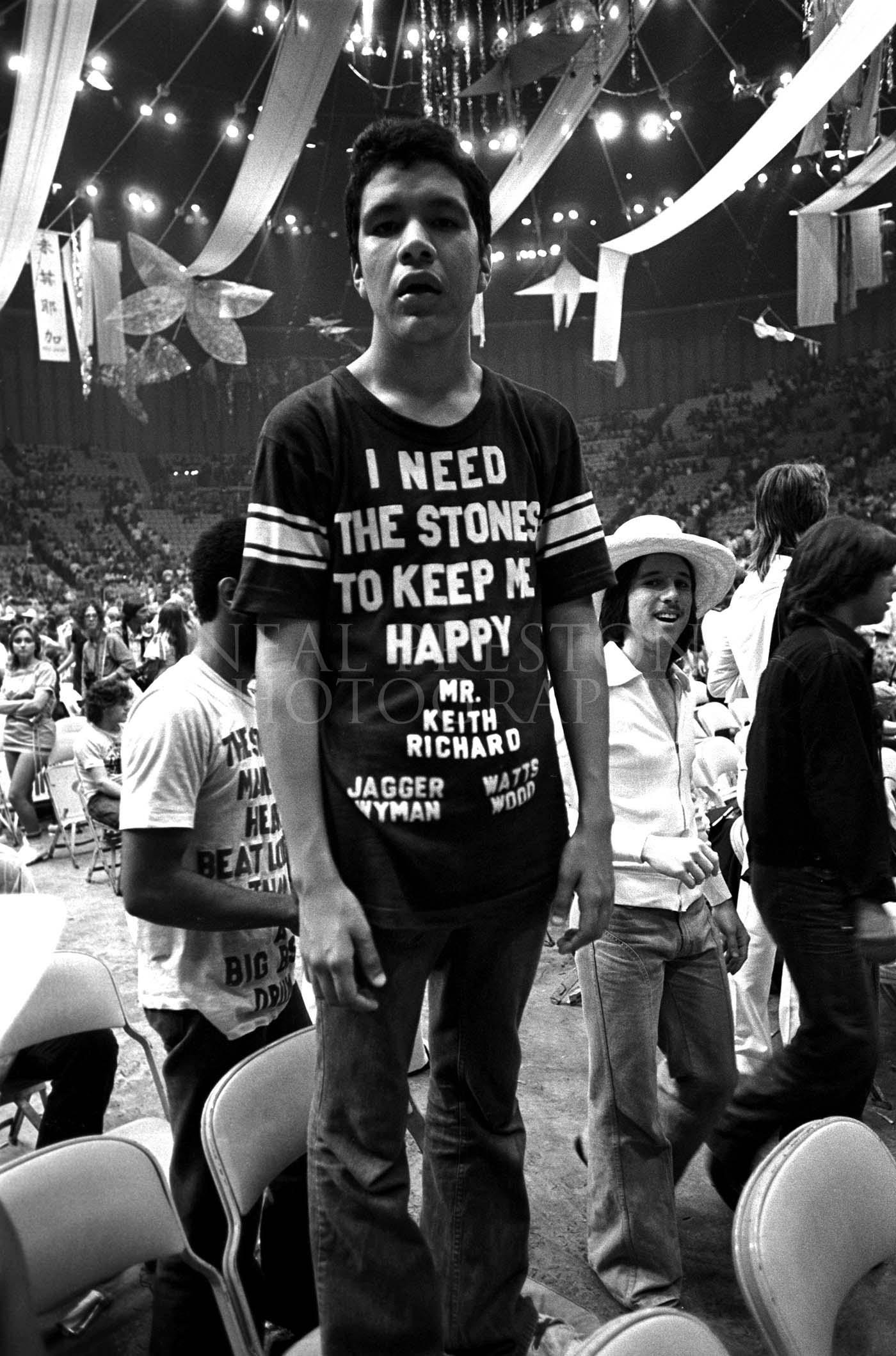 Stones_Tshirt_1.jpg