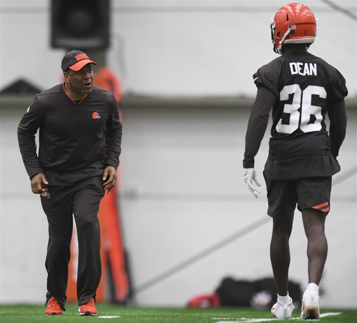 Browns banking on traits with Miami cornerback Jhavonte Dean