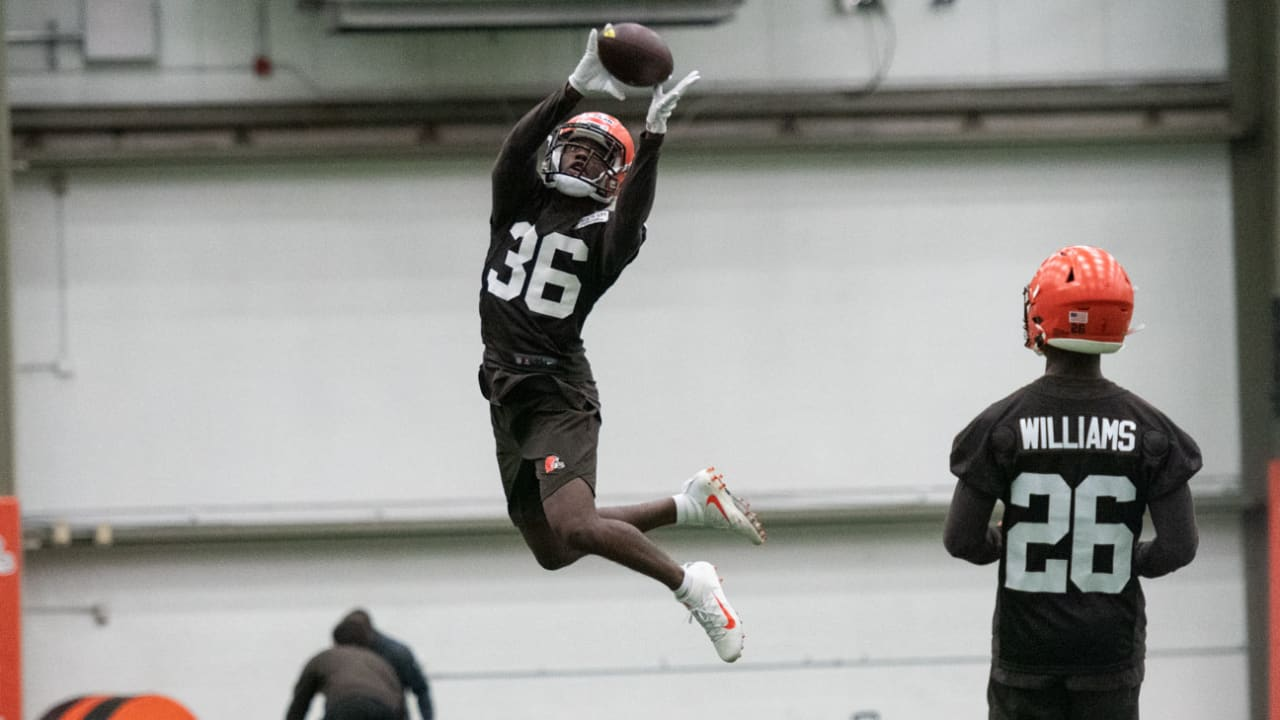 Unlikely arrival Jhavonte Dean aims to make most of latest uphill battle in fight to make Browns roster