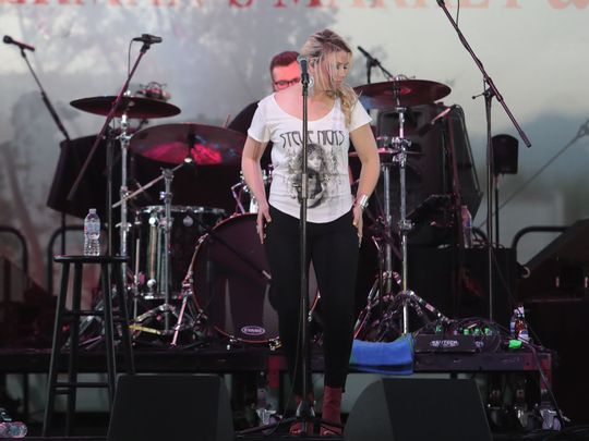 Sandra Lynn performs at the 2018 Indian Wells Music Festival