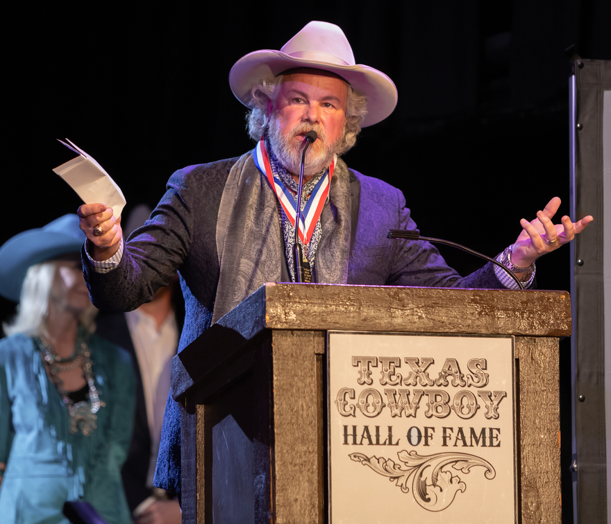 Robert Earl Keen Inducted Into The Texas Cowboy Hall of Fame