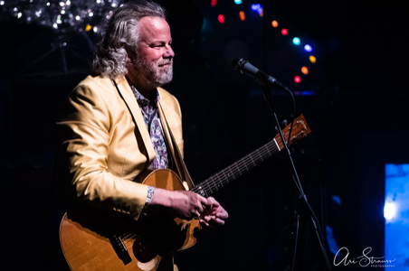 Live Review: Robert Earl Keen @ Lincoln Theatre — 12/6/19