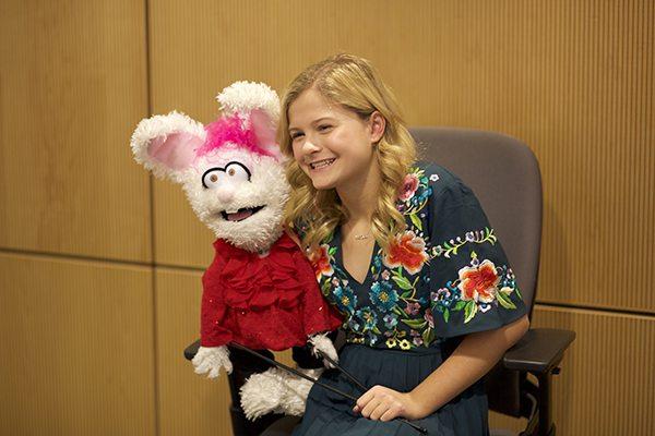 Darci Lynne Farmer Brings Petunia & Oscar to CHOC Children's!