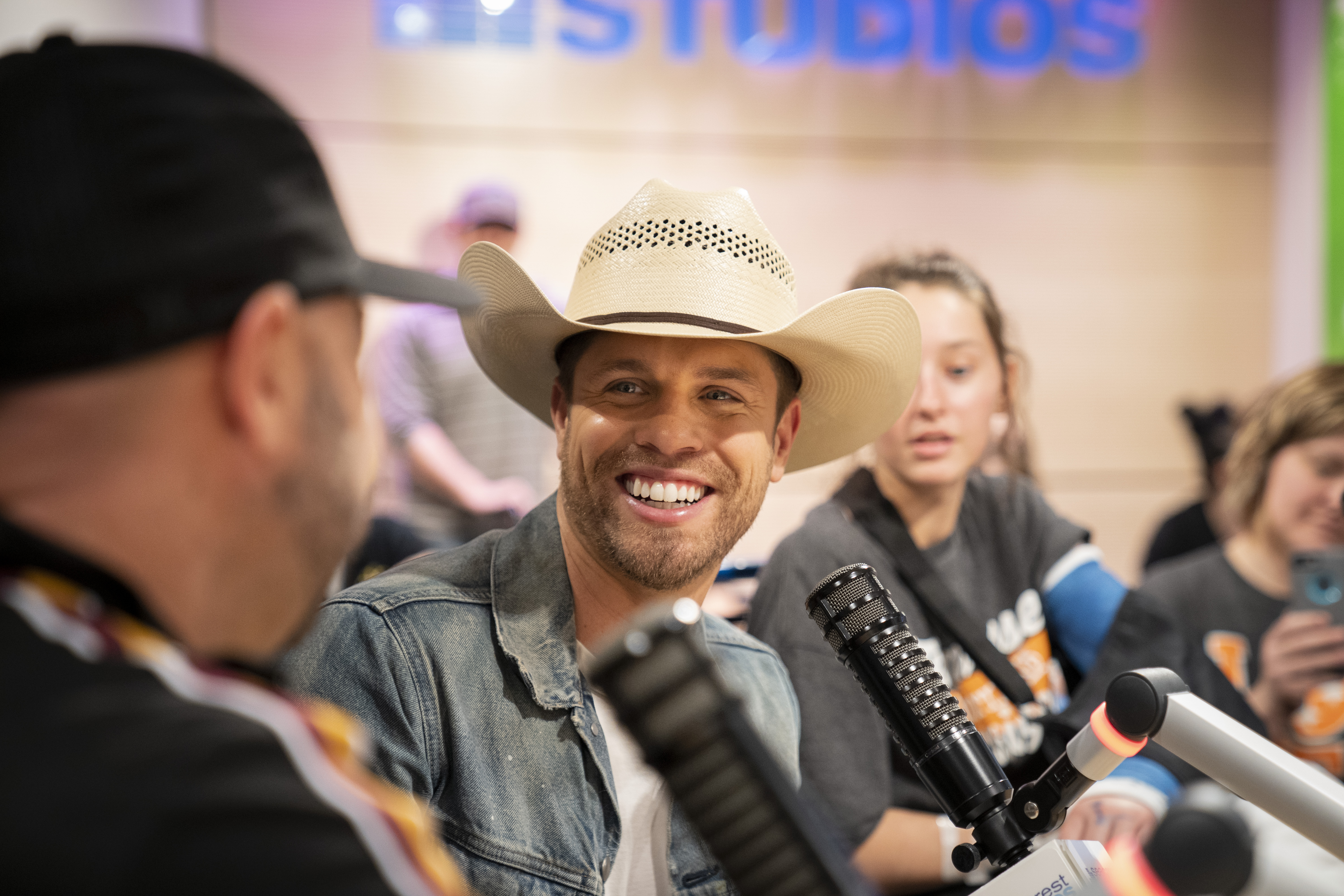 CMT Films Hot 20 Countdown With Dustin Lynch In Seacrest Studios