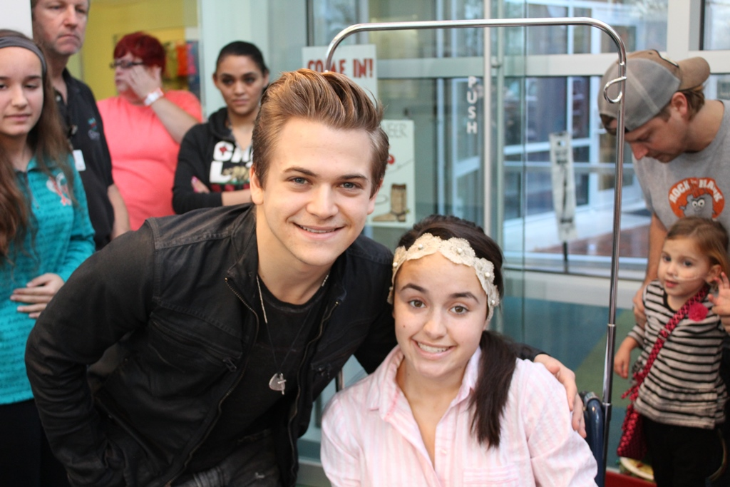 Hunter Hayes Interviewed By Patients At Seacrest Studios