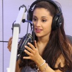 "Ariana Grande Sings ""Who Let The Dogs Out"" At Seacrest Studios!"