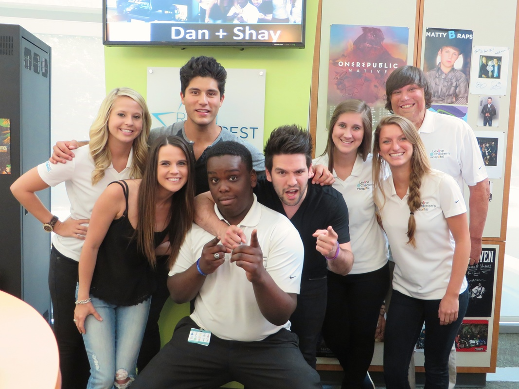 Dan shay archives ryan seacrest foundation the patients at lch learned that shay used to pretend michael jordan was his imaginary friend and that watching movies on the tour bus is a daily ritual kristyandbryce Images