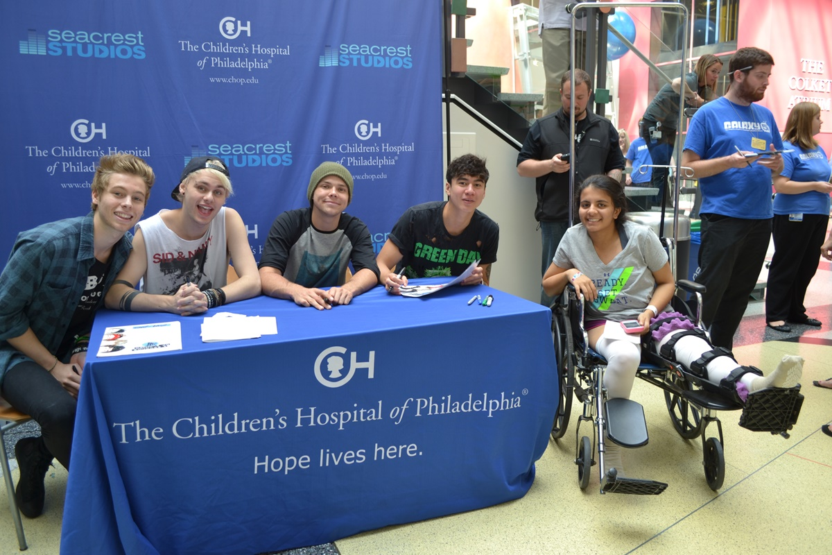 5 Seconds Of Summer Archives Ryan Seacrest Foundation