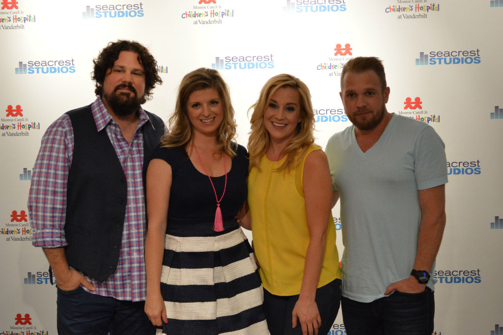 Kellie pickler archives ryan seacrest foundation the episode brought kellie and her singersongwriter husband kyle jacobs to the studio and the laughs they generate cannot be contained m4hsunfo