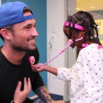 Michael Ray Brightens Up Seacrest Studios in Boston!