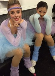 Newark - Ashley & Mirai backstage