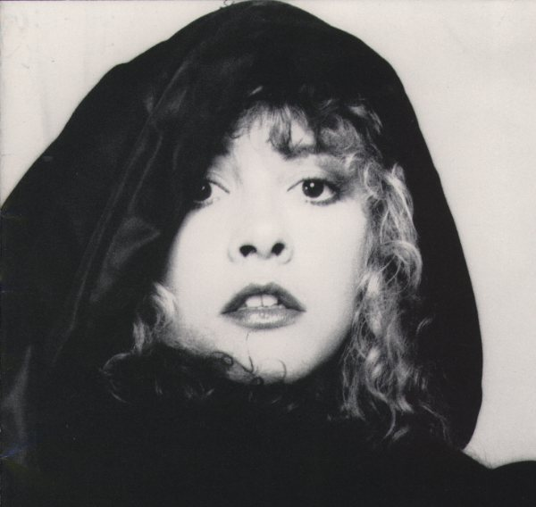 Witchy Woman: Stevie Nicks Transcends Age, Stage, Style