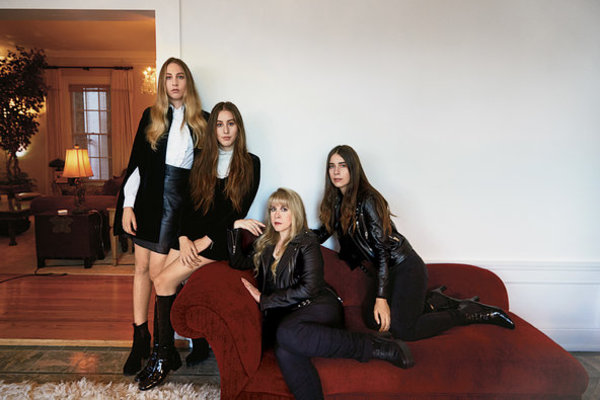Sisters of the Moon: Stevie Nicks and Haim