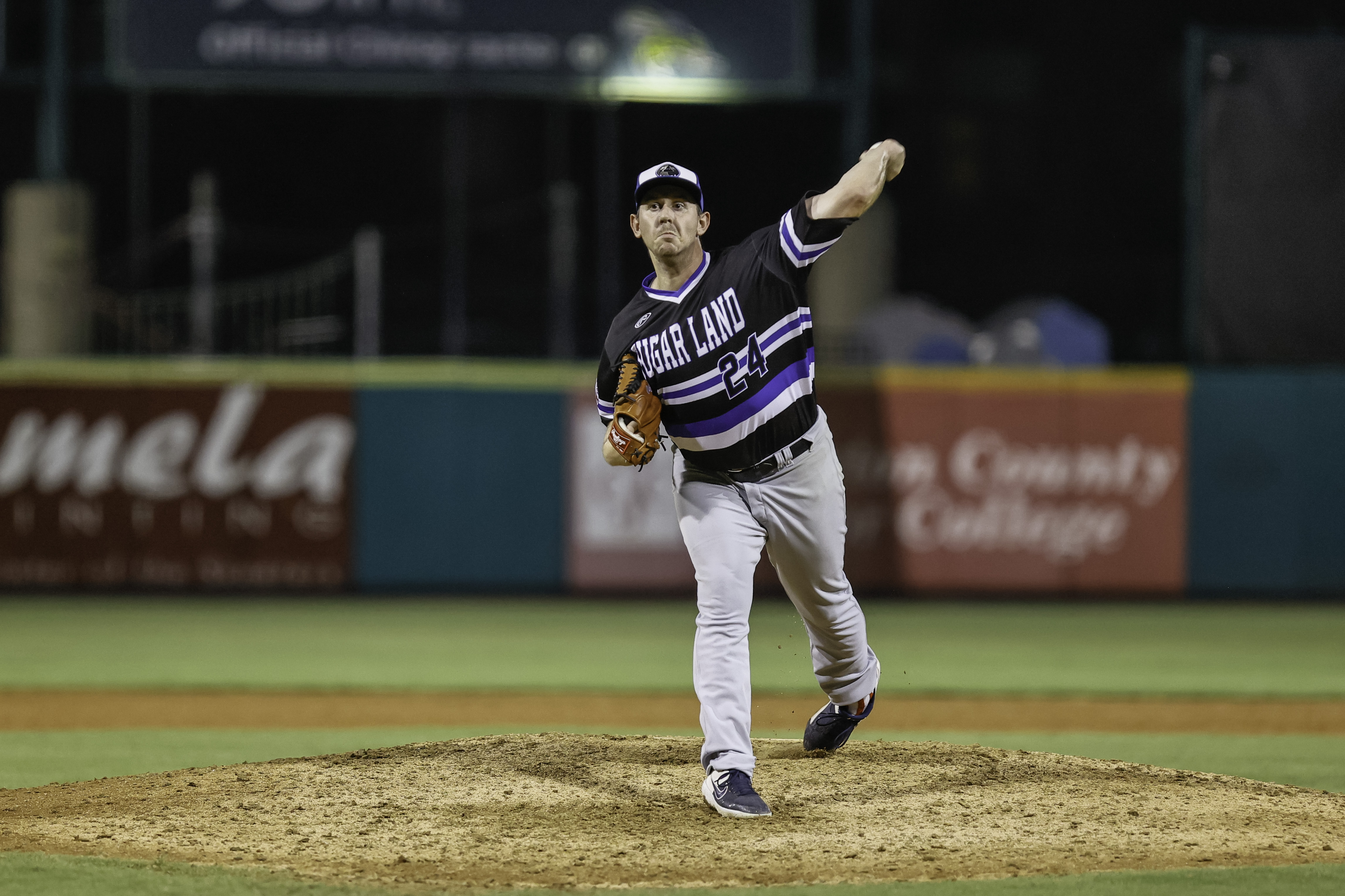 Colorado Rockies Purchase Contract of LHP Zac Rosscup