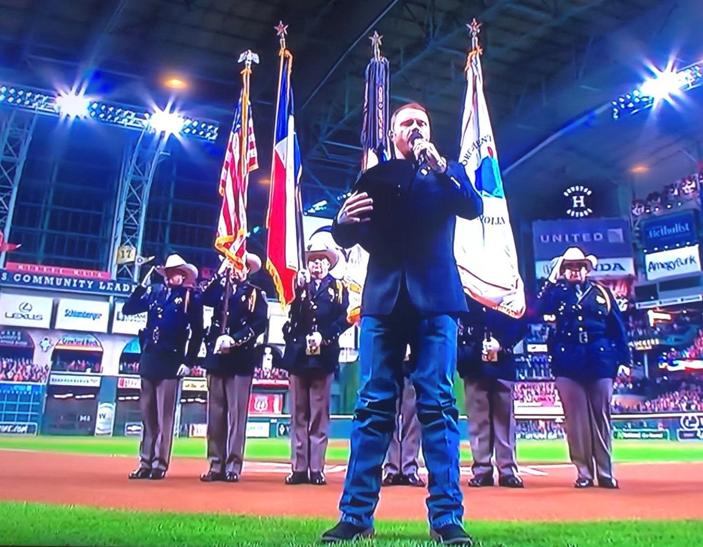 Cody Johnson Sings National Anthem at World Series Game