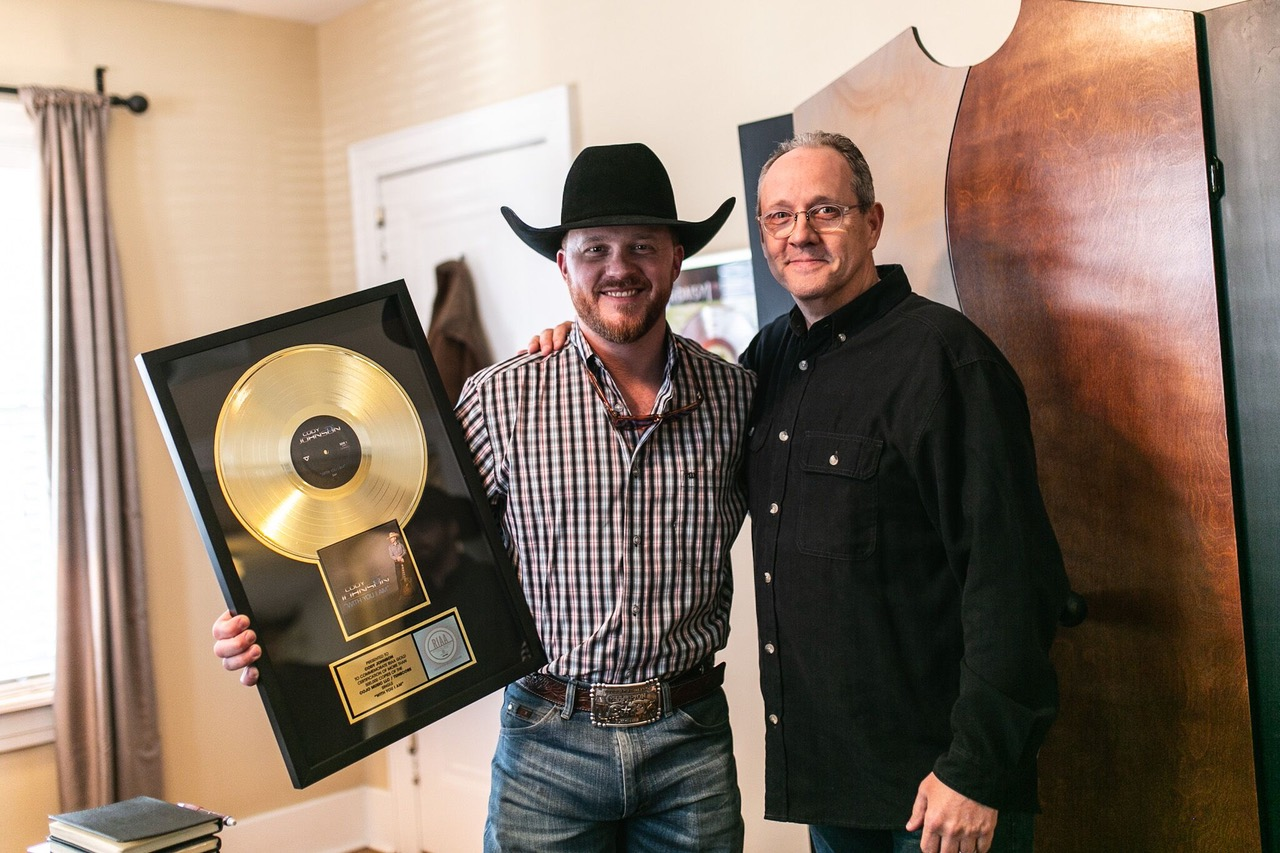 "CODY JOHNSON'S INDEPENDENTLY RELEASED ""WITH YOU I AM"" GOES GOLD"