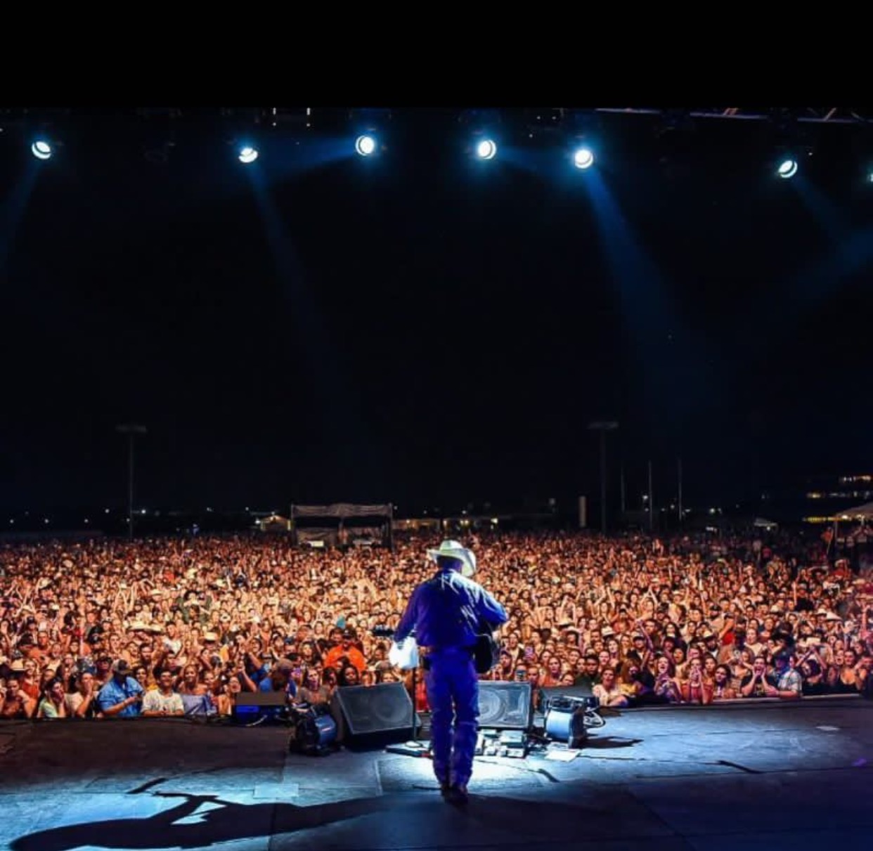 Cody Johnson Makes History as First Artist to Sell Out Sam Houston Race Park Infield