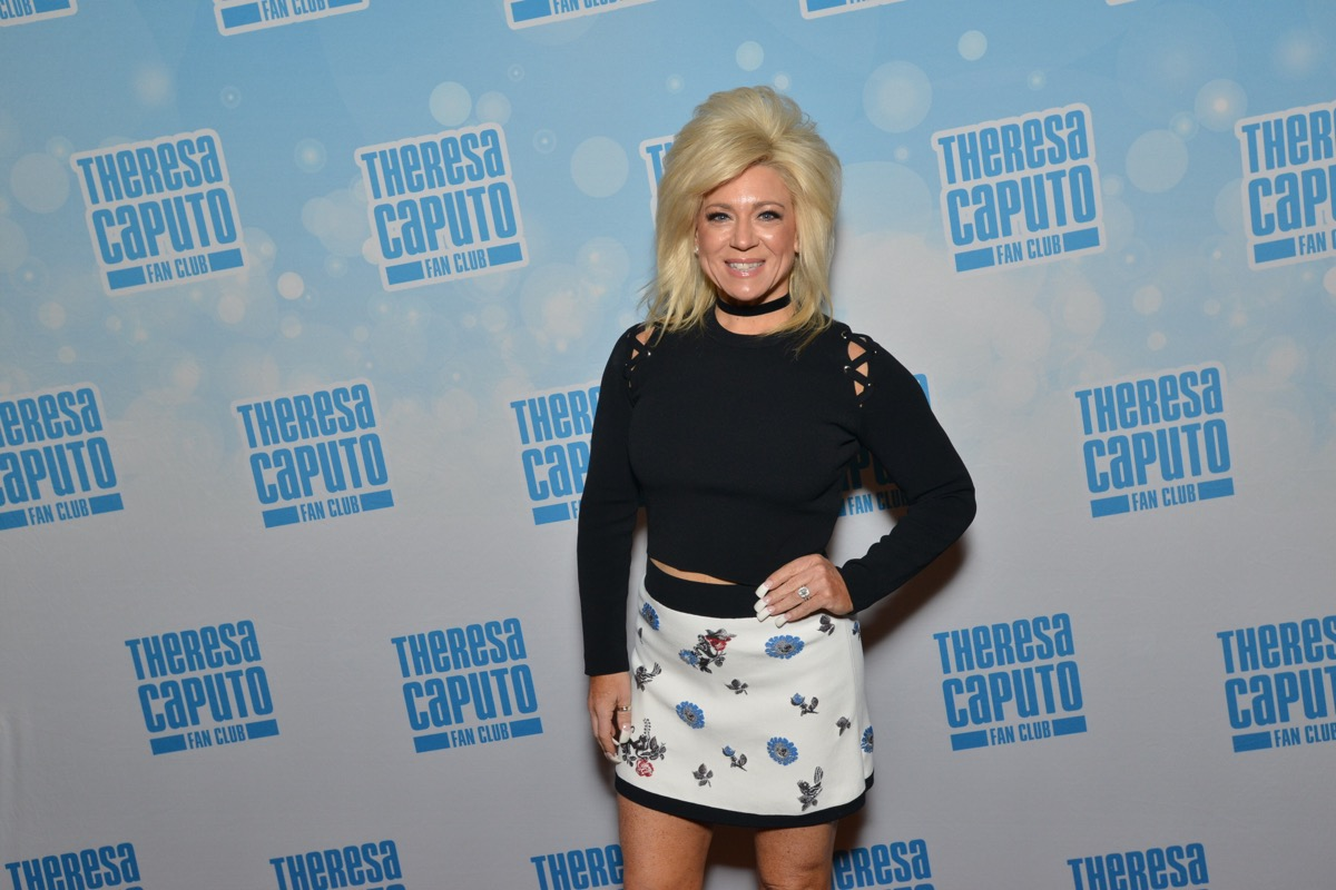 theresa caputo meet and greet chicago