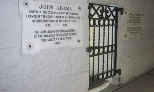 Massachusetts_MA_Titan_30 Both John Adams and John Quincy Adams and their spouses are entombed in a basement crypt of the United First Parish