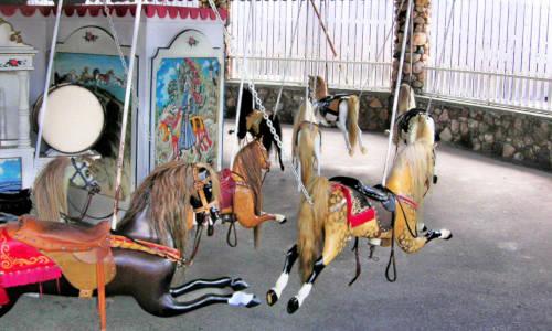 Rhode_Island_RI_Titan_3  Source: The Flying Horse Carousel in Watch Hill, RI. Harry Brotzman