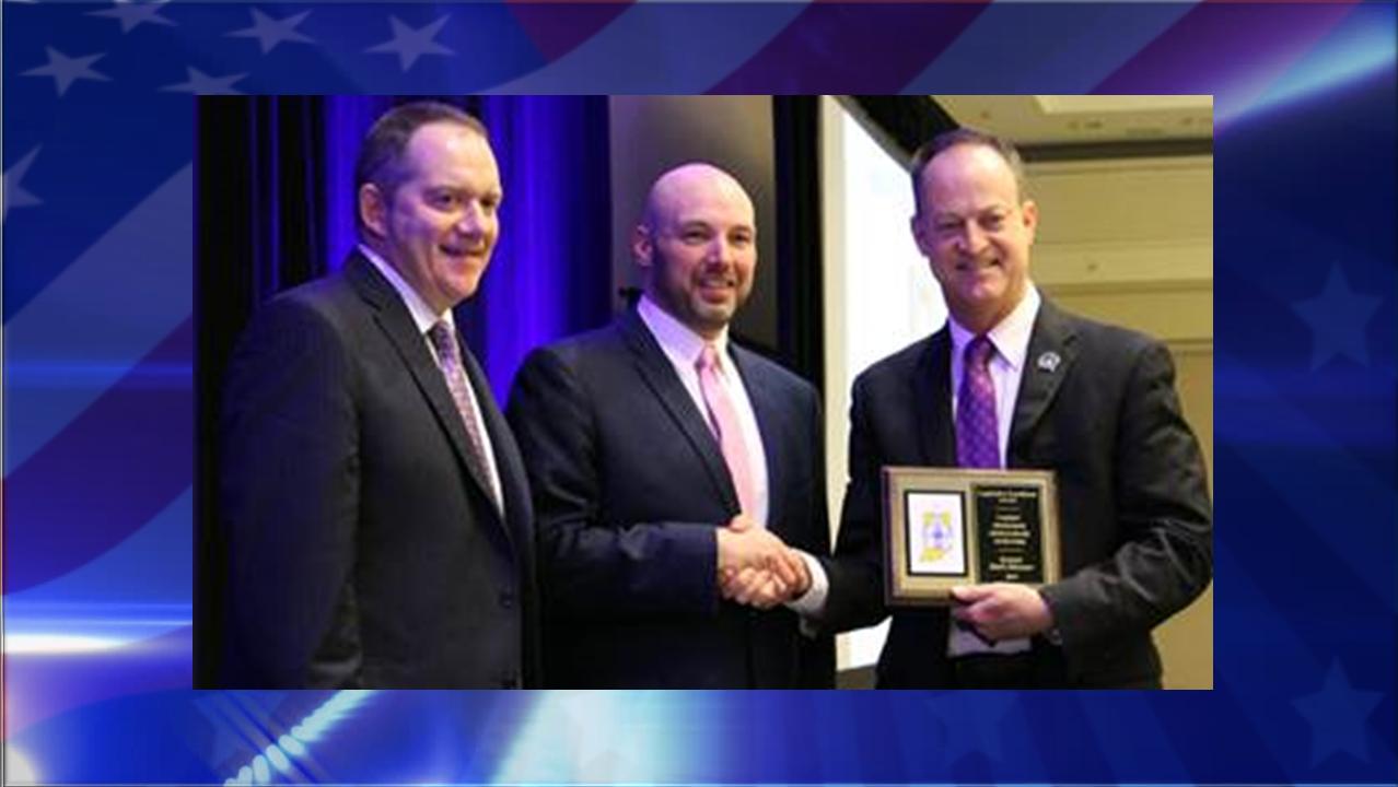 Jasper Sen. Mark Messmer Receives 2019 IPAC Legislative Excellence Award
