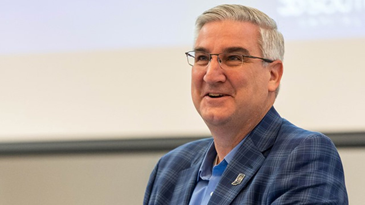 BREAKING:  Gov. Holcomb Announces New Restrictions, Restaurants Will Close Dining Rooms, Delivery Only