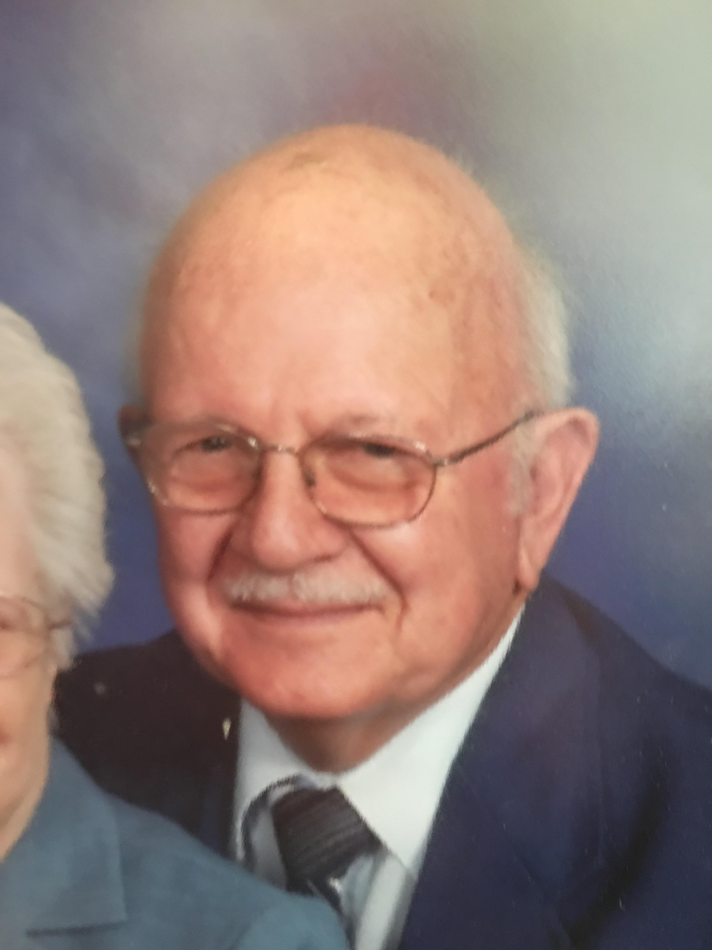 Pastor John L. Snyder, age 92, of Huntingburg