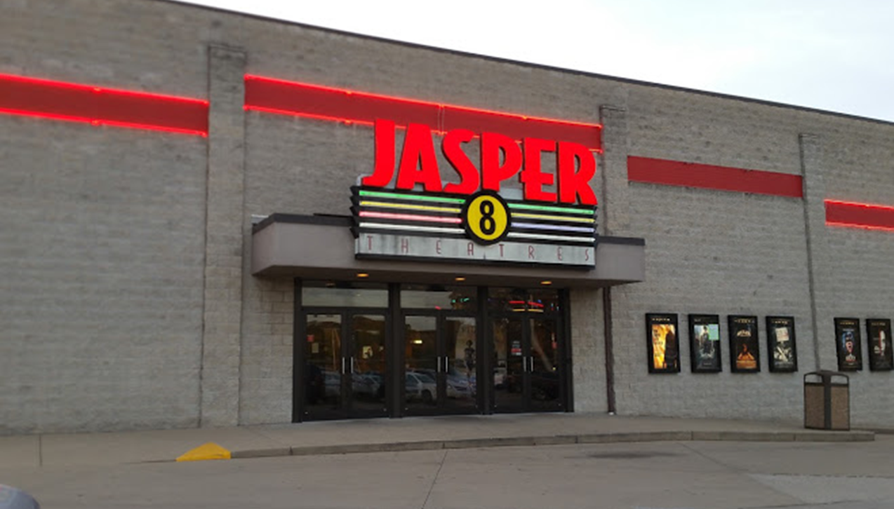 Jasper 8 Theatre Renovations to Include Bar, Reclining Seats