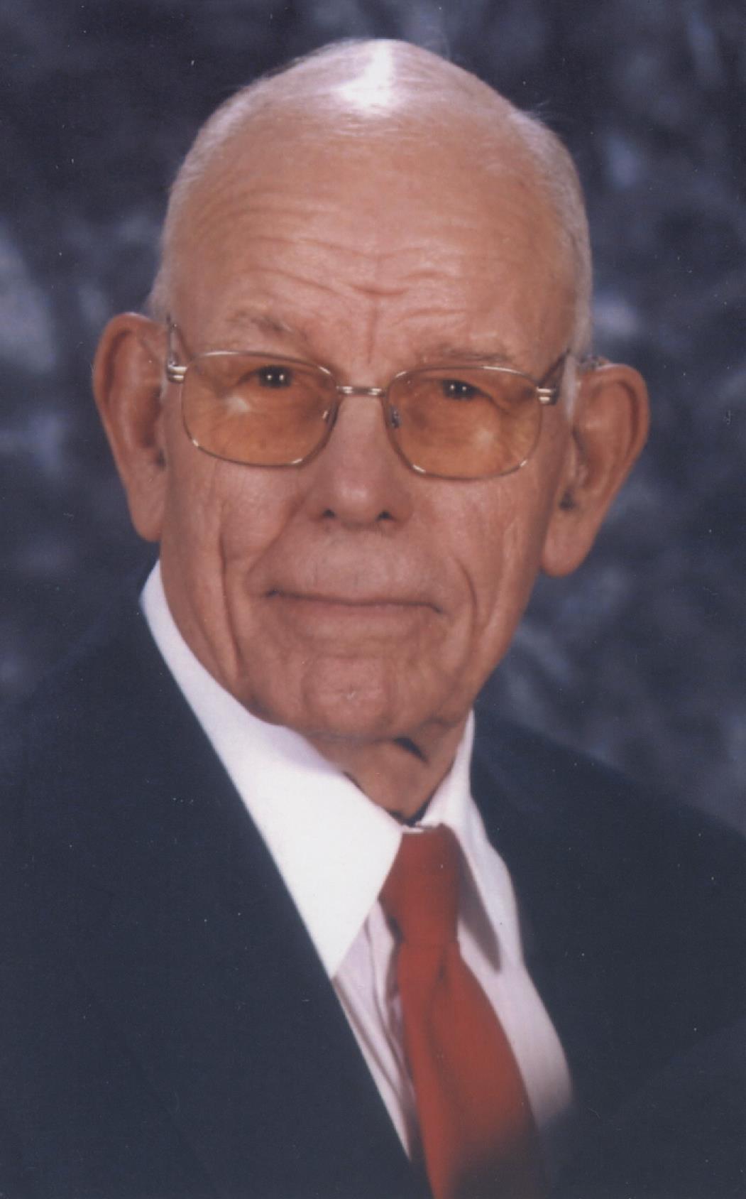 Alvin Daniel Elshoff, age 96, of Huntingburg