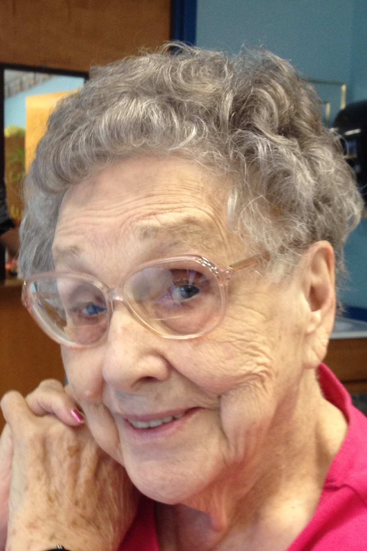 "Margaret Helen ""Betty"" Dearing Hollander 96 of Huntingburg"