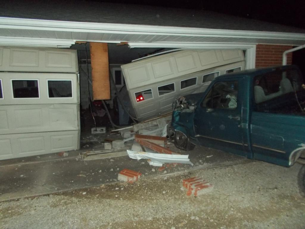 Man Arrested On OWI After Crashing into Mentor Home