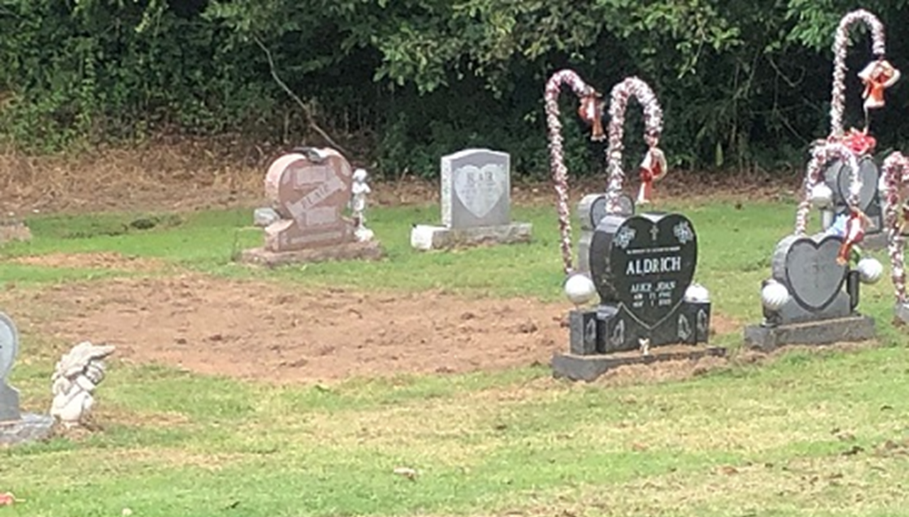 Police Search Cemetery in Connection to Daviess County Cold Case