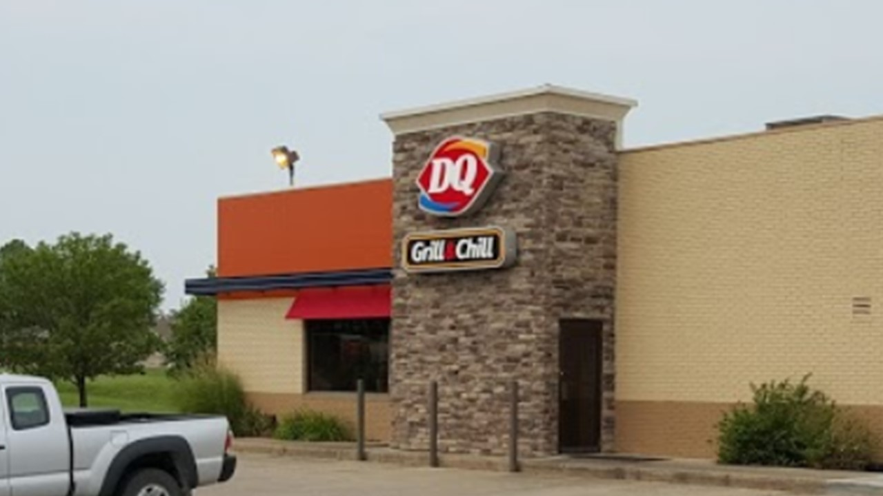 Huntingburg Dairy Queen, Local Groups, Vow to Feed Kids During Coronavirus Closures