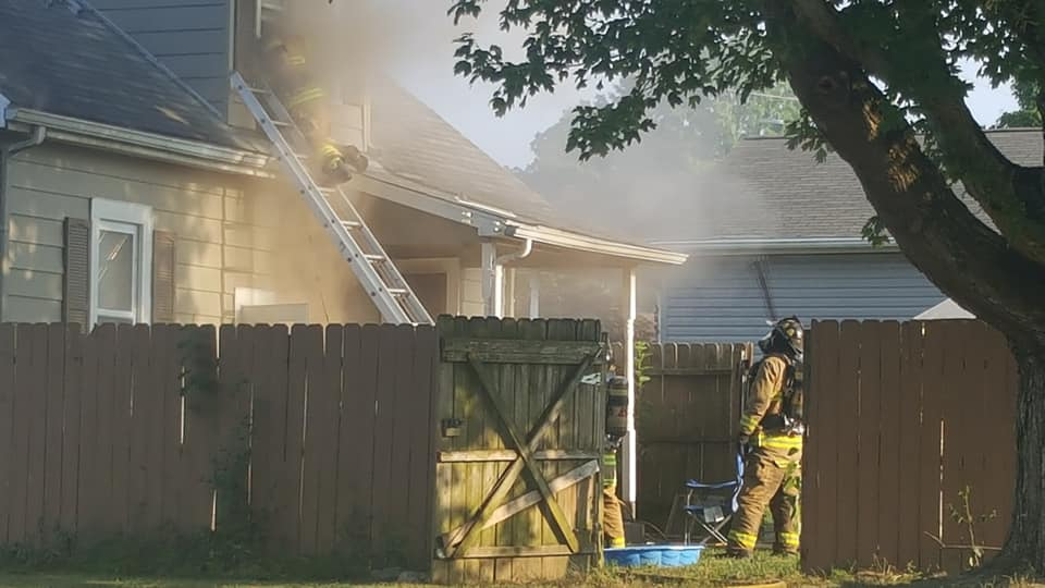 DEVELOPING:  Crews Battling House Fire on South End of Jasper