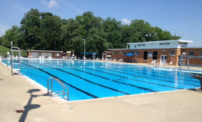 Area Pools Offering Free or Discounted Admission This Weekend Due to the Heat