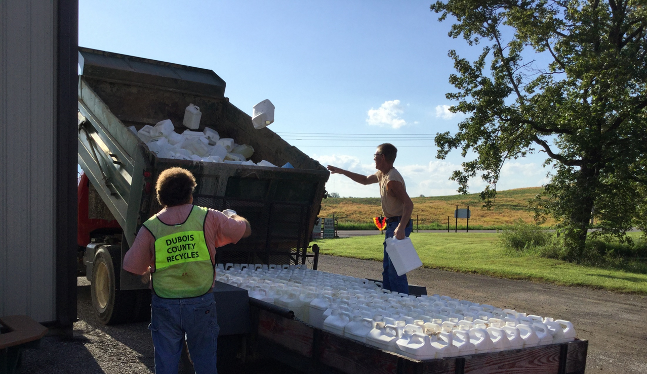 Over 1900 Jugs and 620 Gallons of Oil Recycled During County Ag Day