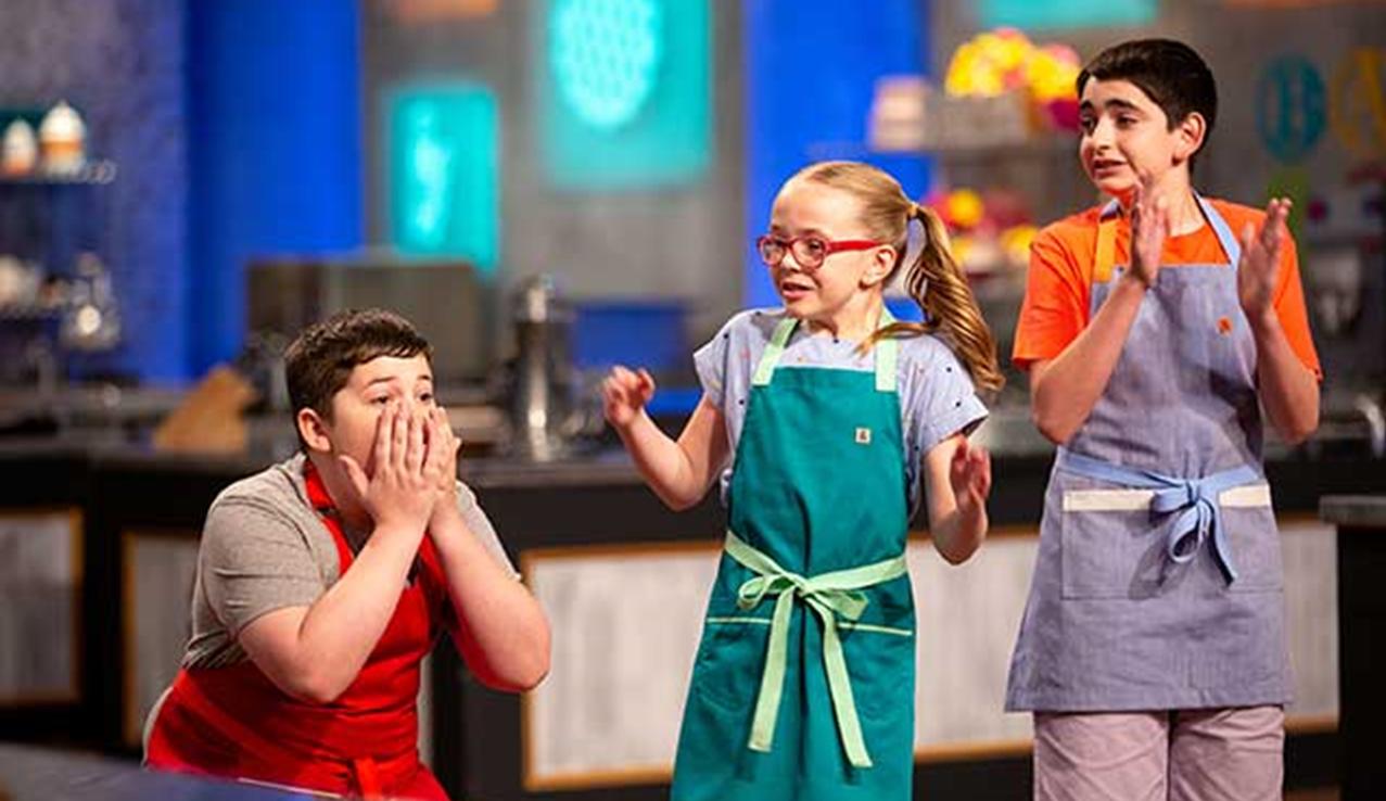 Washington Teen Wins National Food Network Baking Competition