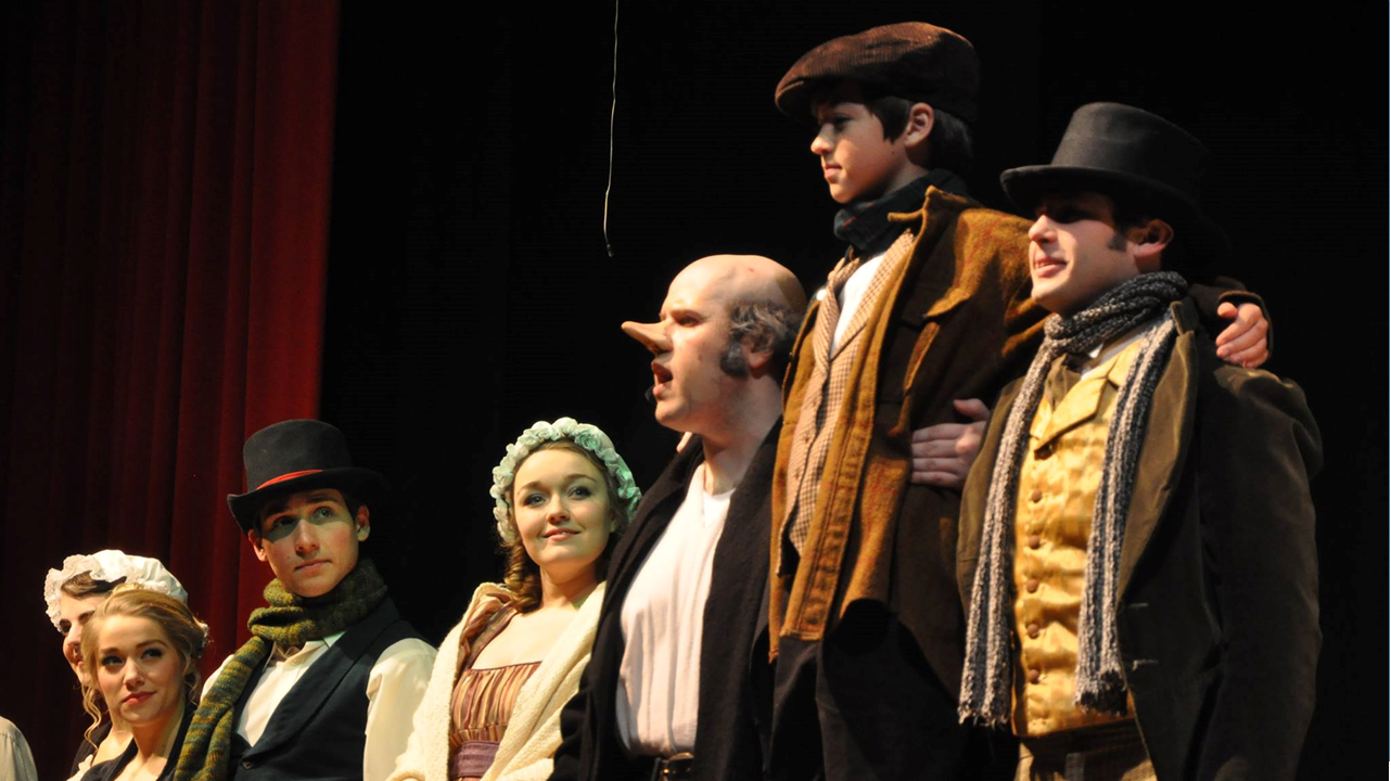 Lincoln's Boyhood Drama to Hold Scrooge's Christmas Auditions