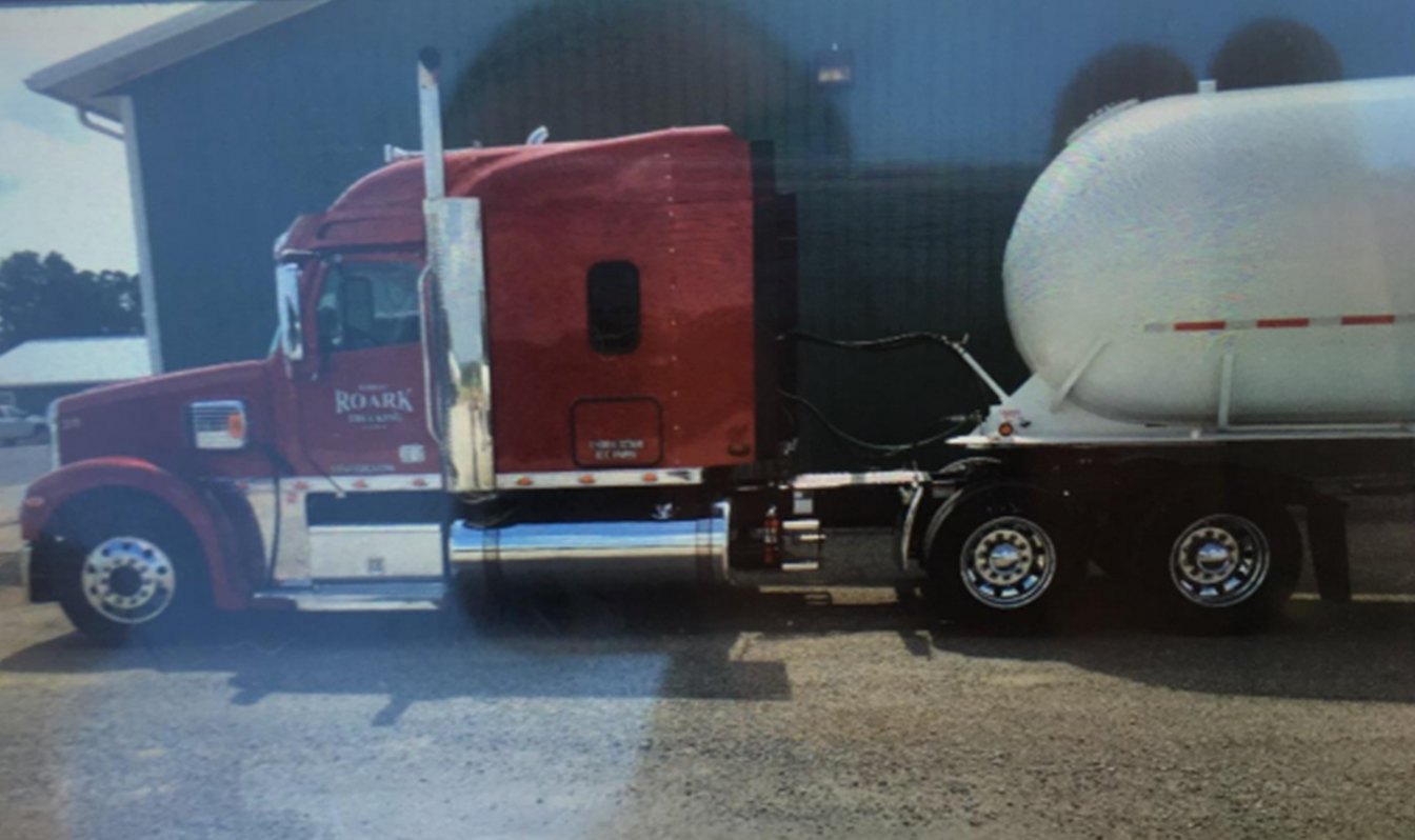 Jasper Police Searching For Stolen Semi-Tanker Pulling Propane Tanker; Asking For Your Help