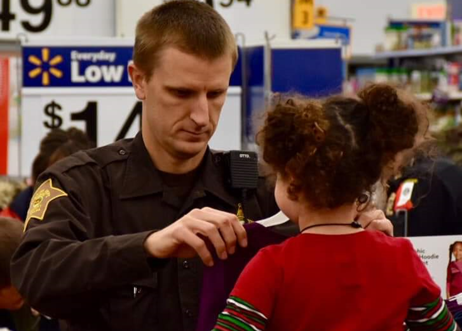 The Numbers are In:  51 Needy Kids Shopped With a Cop Last Week in Jasper