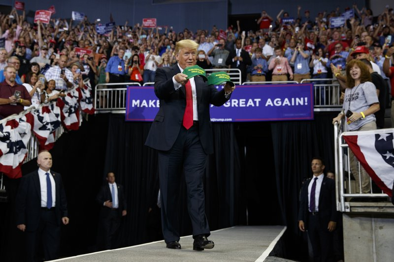 Trump Praises Braun and Economy, Continues Attacks on Media and Democrats in Evansville Rally